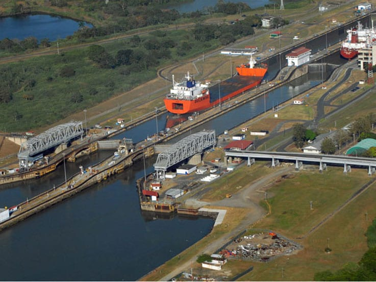 a brief history of the panama canal in the north and south america border Unit 13 from east asia to western europe the narrowest parts of the isthmus of panama between north and south america a brief history of the panama canal.