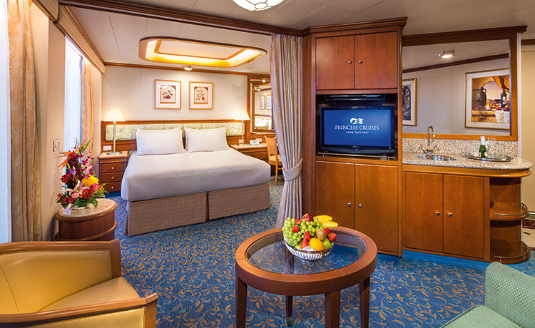 Crown Princess Suite with Balcony Large Photo