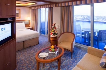 Sapphire princess suite stateroom princess cruises for Cruise balcony vs suite