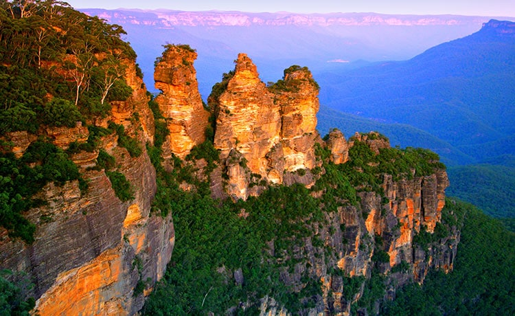 Experience the beauty of the Three Sisters in the Blue Mountains