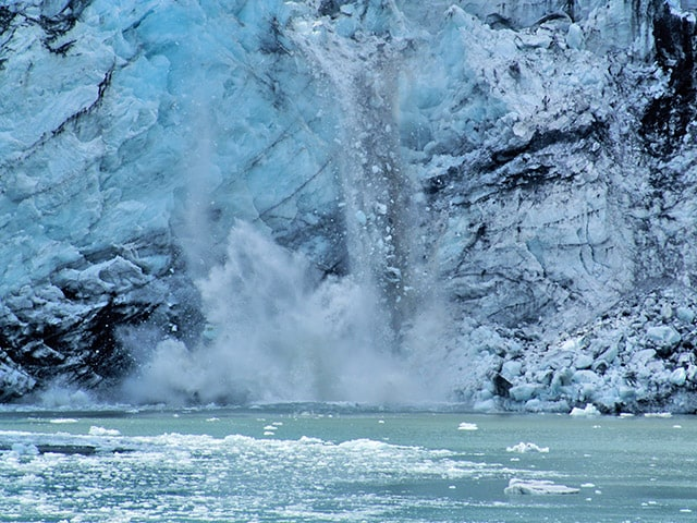 Calving Glacier in Glacier Bay Alaska – Princess Cruises