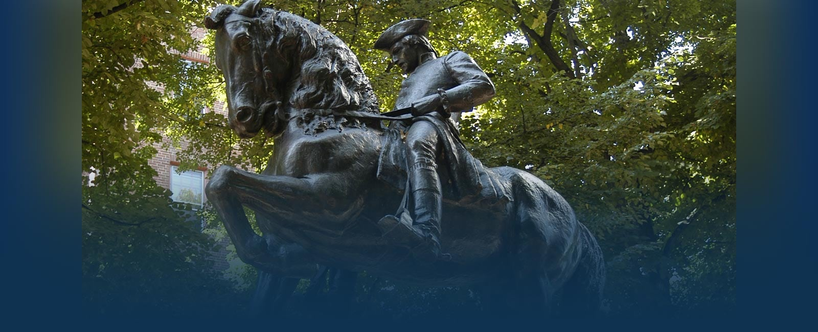 Paul Revere statue in Boston, MA