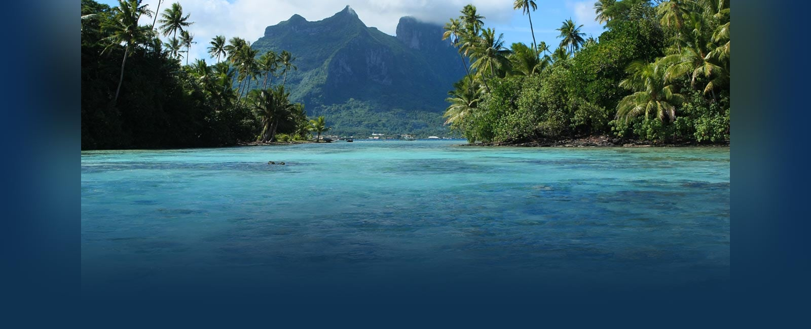 Tahiti shores with mountains