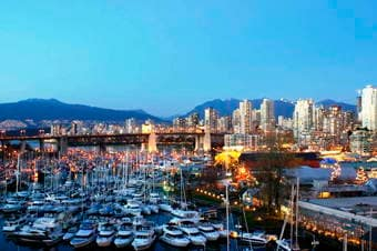 Stanley Park Visit & City Highlights Drive Thumbnail image 1